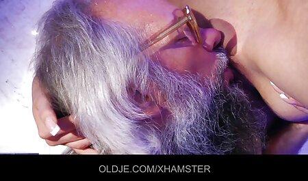 موهای قهوه ای ملکه ماه از کلمبیا دانلود کارتون سکسی رایگان و